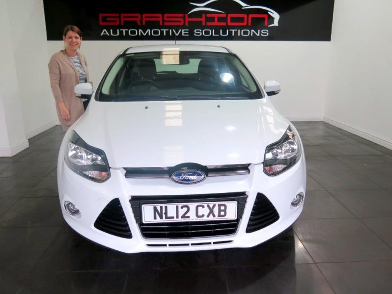 Mr & Mrs Trout – Ford Focus 1.6 Titanium 5dr – Newark
